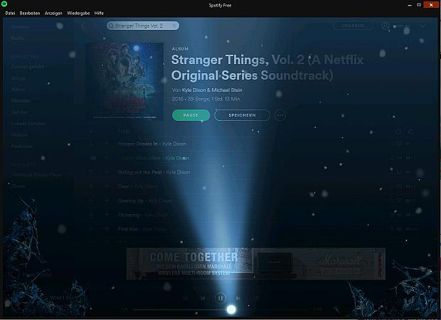 Spotify Bildschirm im Nebel